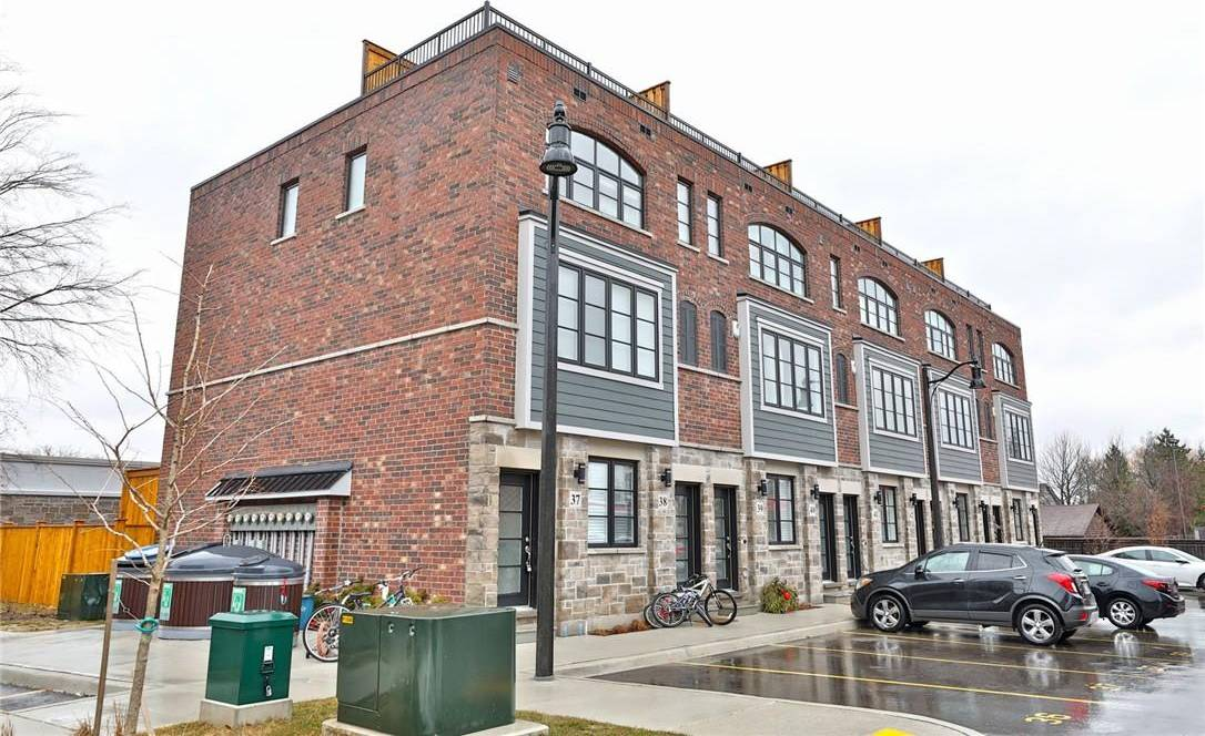 Townhouse for sale at 219 Dundas St E Unit 40 Waterdown Ontario - MLS: H4075496