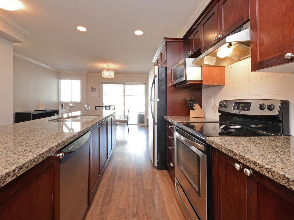 Sold: 40 - 6568 193b Street, Surrey, BC