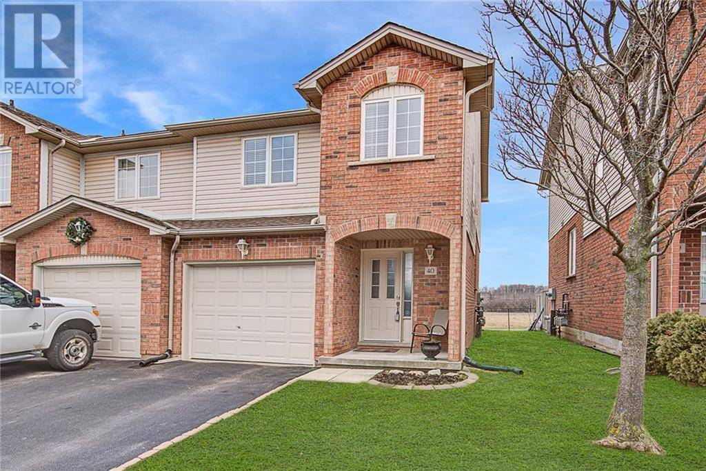 Townhouse for sale at 800 Paramount Dr Unit 40 Stoney Creek Ontario - MLS: 30799558