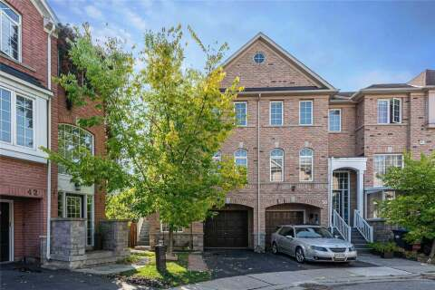 Townhouse for sale at 40 Bernard Ave Brampton Ontario - MLS: W4931622