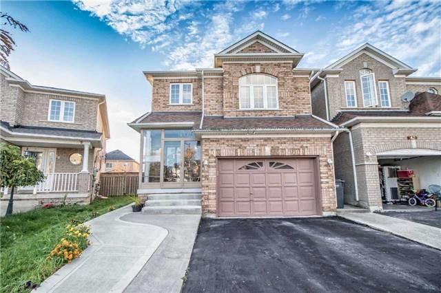 House for sale at 40 Bramoak Crescent Brampton Ontario - MLS: W4297470