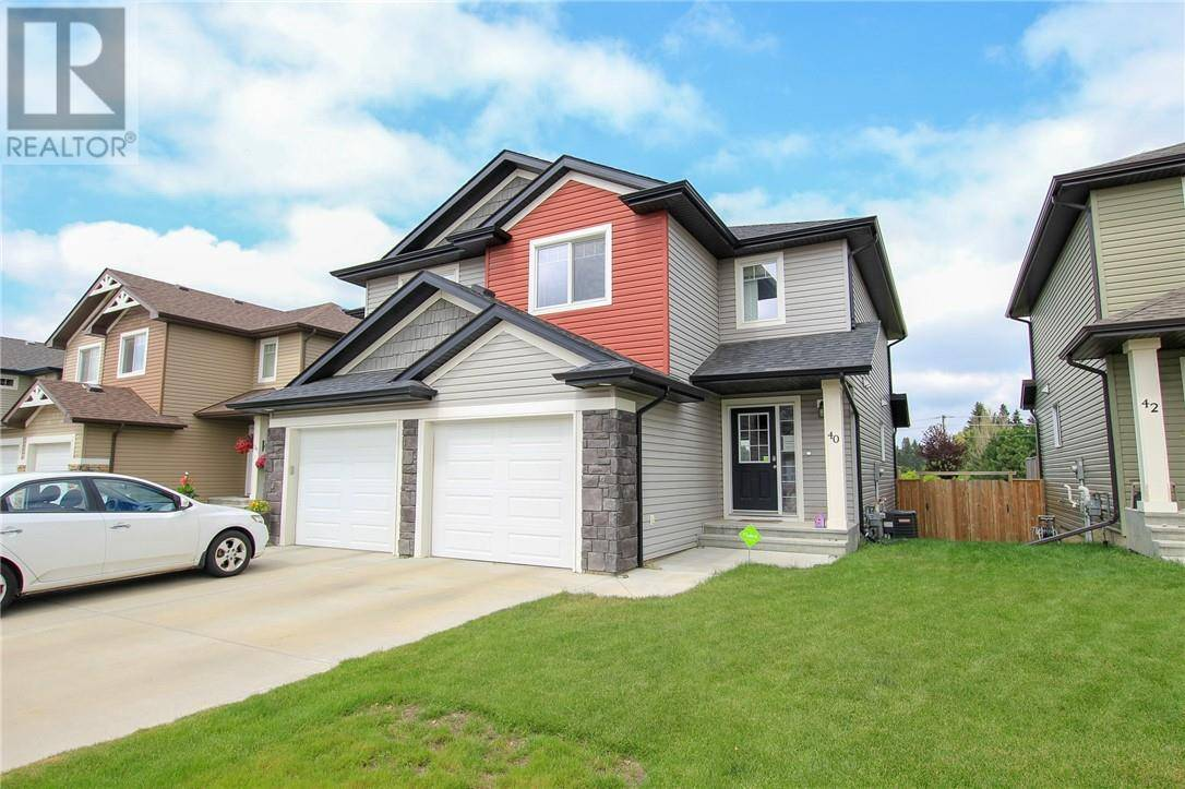 Townhouse for sale at 40 Carlson Pl Red Deer Alberta - MLS: ca0174892