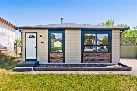 40 Castleglen Crescent Northeast, Calgary | Image 2