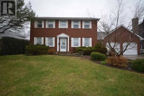 House for sale at 40 Chartwell Ln Halifax Nova Scotia - MLS: 201910731