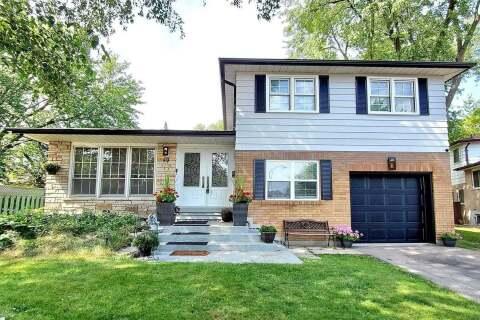 House for sale at 40 Donnacona Cres Toronto Ontario - MLS: E4899425