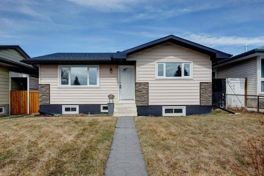 House for sale at 40 Dover Meadow Cl SE Dover, Calgary Alberta - MLS: C4293632