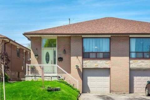 Townhouse for sale at 40 Earlthorpe Cres Toronto Ontario - MLS: E4811700