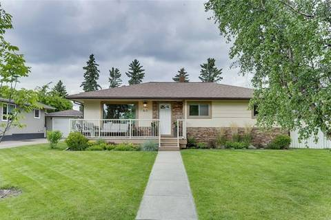 House for sale at 40 Grafton Dr Southwest Calgary Alberta - MLS: C4255064