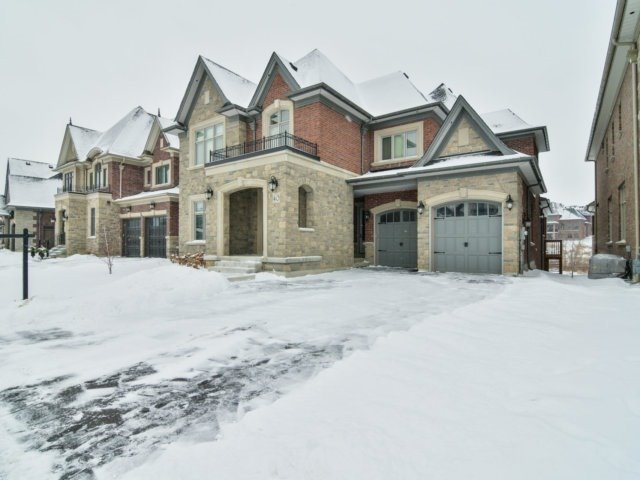 For Sale: 40 Hogan Court, King, ON | 4 Bed, 4 Bath House for $2,388,000. See 20 photos!