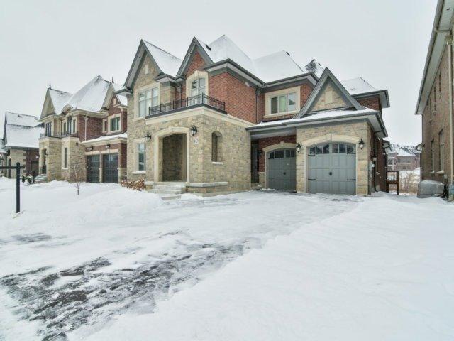 Sold: 40 Hogan Court, King, ON
