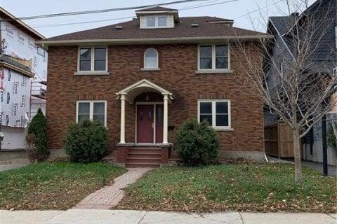 Townhouse for sale at 40 Kenora St Ottawa Ontario - MLS: 1219706