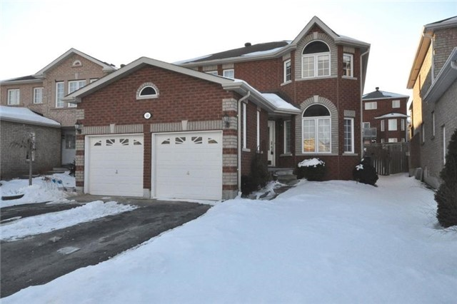 Sold: 40 Metcalfe Drive, Bradford West Gwillimbury, ON