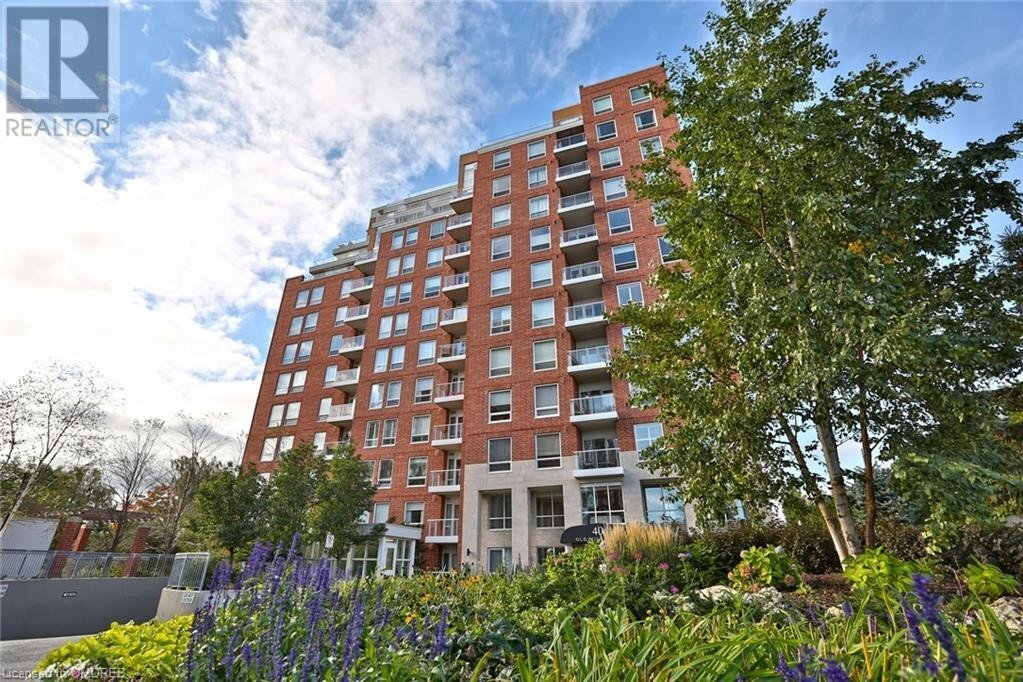 Condo for sale at 40 Old Mill Rd Oakville Ontario - MLS: 40030038