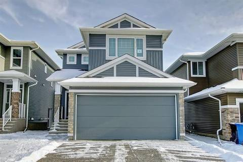 House for sale at 40 Red Embers Sq Northeast Calgary Alberta - MLS: C4279329