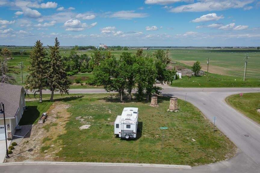 Home for sale at 40 Stonegate Village Raymond Alberta - MLS: A1004292