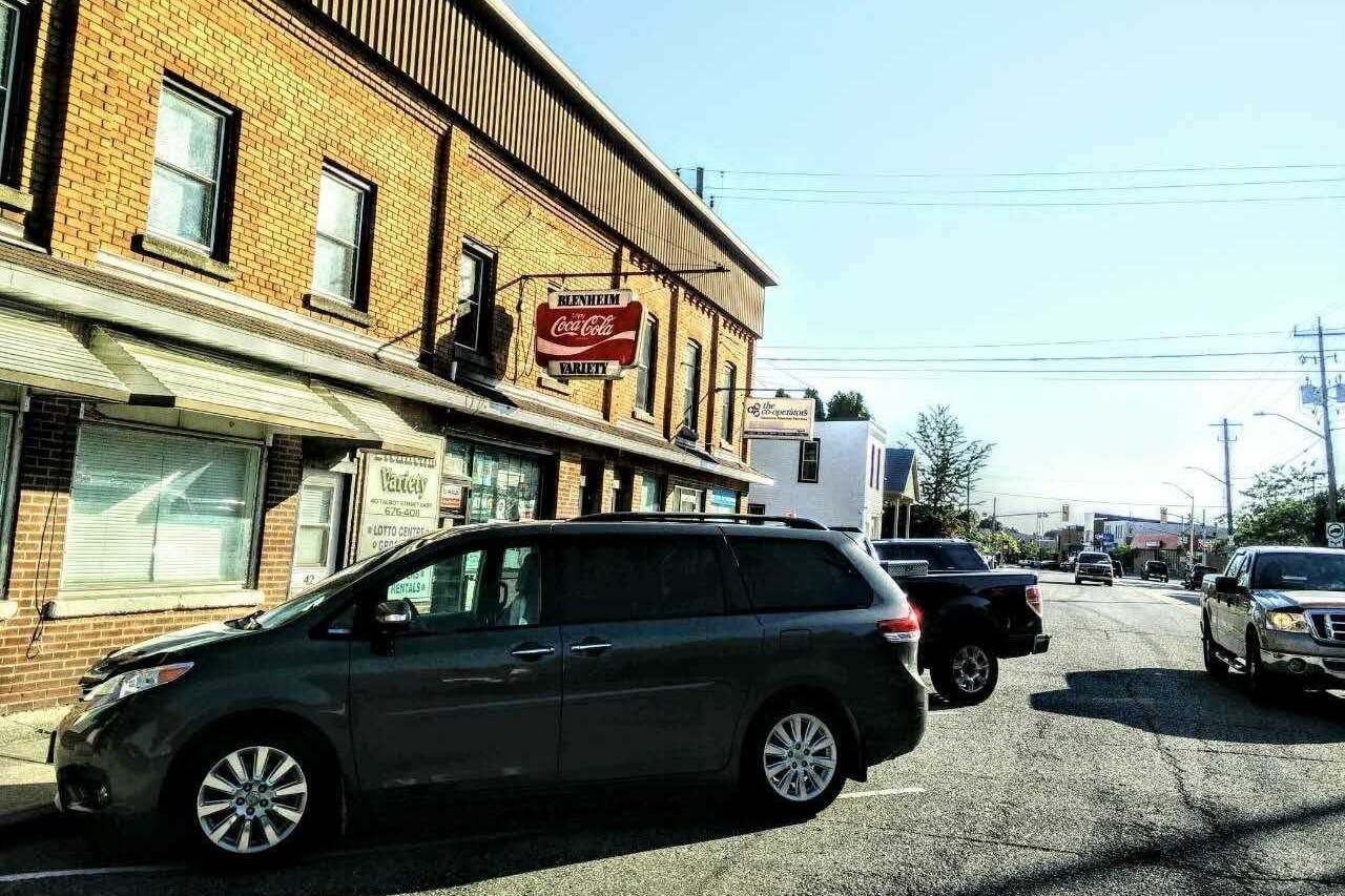 Commercial property for sale at 40 Talbot St Chatham-kent Ontario - MLS: X4850104