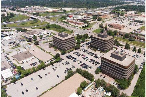Commercial property for lease at 690 Dorval Dr Apartment 400 Oakville Ontario - MLS: W4697313