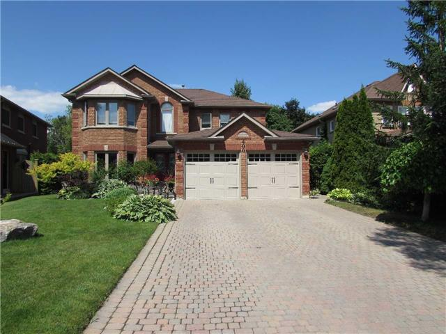 House for sale at 400 Borland Court Newmarket Ontario - MLS: N4189324