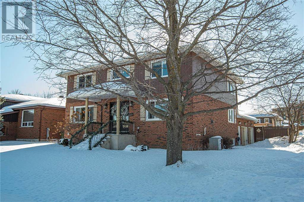 House for sale at 400 Chamberlain St Pembroke Ontario - MLS: 1181825