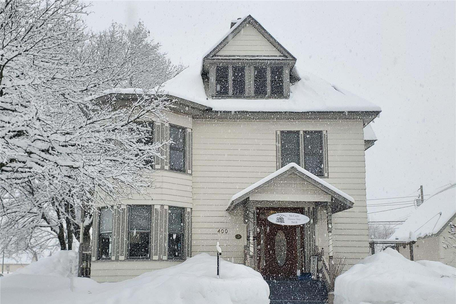 House for sale at 400 Mackenzie Ave Revelstoke British Columbia - MLS: 10196861