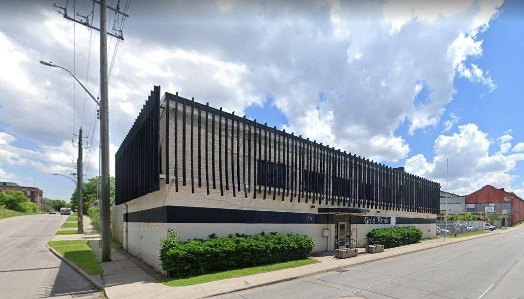 Commercial property for lease at 400 Wellington St N Hamilton Ontario - MLS: H4073424