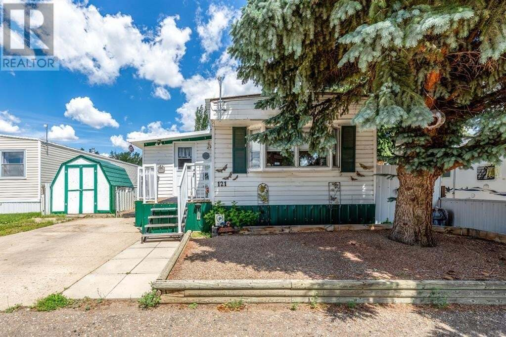 Residential property for sale at 4000 13 Ave Southeast Medicine Hat Alberta - MLS: A1006458