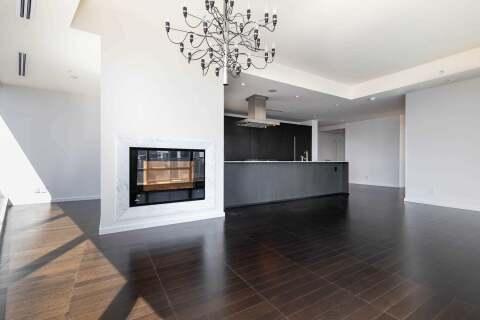 Apartment for rent at 180 University Ave Unit 4001 Toronto Ontario - MLS: C4862939