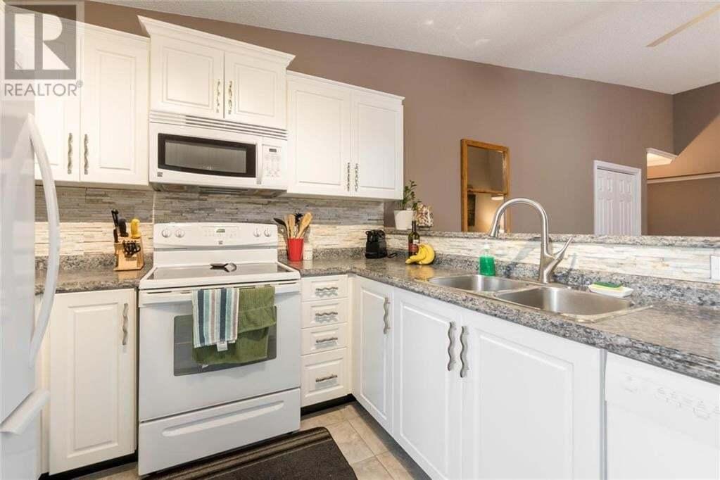 Condo for sale at 4003 Kilmer Dr Burlington Ontario - MLS: 30810614