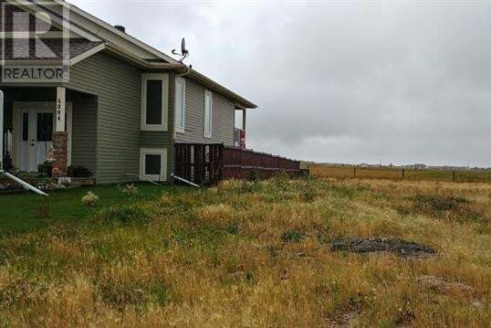 Home for sale at 4006 68 St Stettler Alberta - MLS: ca0178295