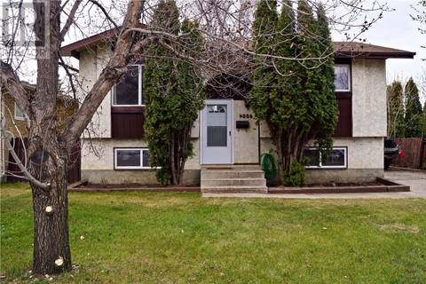 House for sale at 4006 Taylor St Saskatoon Saskatchewan - MLS: SK771644