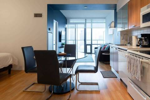 Apartment for rent at 38 Grenville St Unit 4009 Toronto Ontario - MLS: C4738269