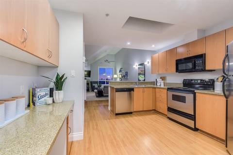 Condo for sale at 128 21st St W Unit 401 North Vancouver British Columbia - MLS: R2417552