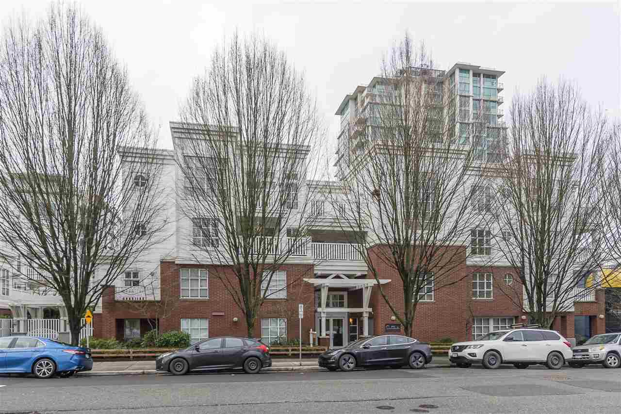 Removed: 401 - 137 East 1 Street, North Vancouver, BC - Removed on 2020-02-26 05:24:26