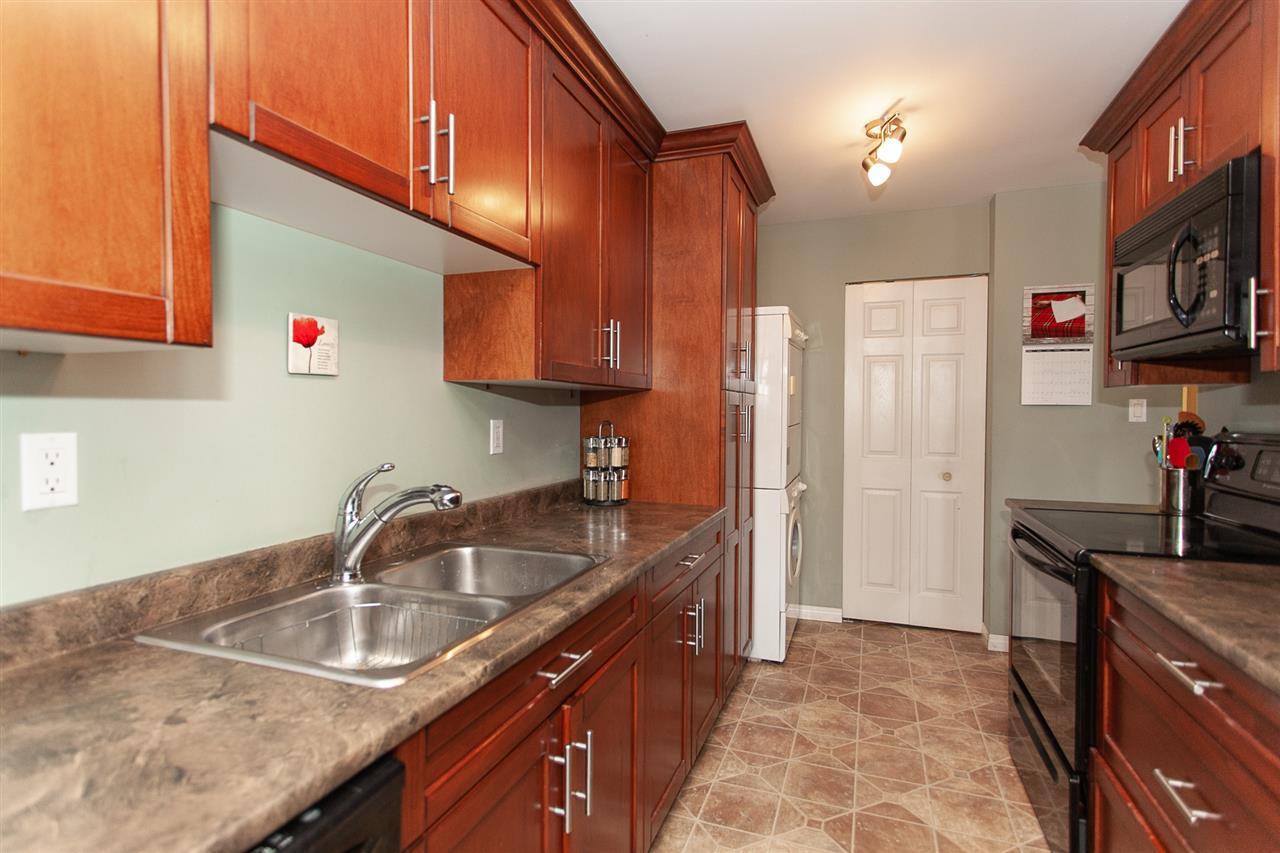 Buliding: 13963 72 Avenue, Surrey, BC