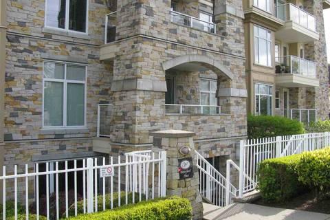 Condo for sale at 15164 Prospect Ave Unit 401 White Rock British Columbia - MLS: R2368446