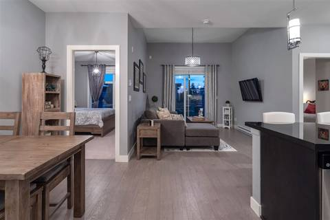 Condo for sale at 20078 Fraser Hy Unit 401 Langley British Columbia - MLS: R2380783