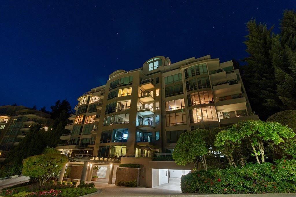 Buliding: 3105 Deer Ridge Drive, West Vancouver, BC