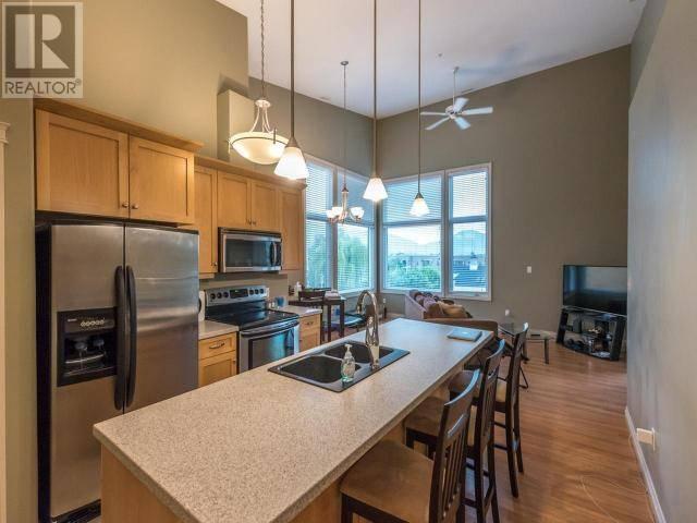 Condo for sale at 3311 Wilson St Unit 401 Penticton British Columbia - MLS: 178385