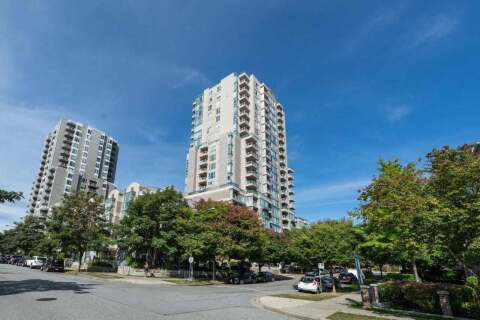 Condo for sale at 3463 Crowley Dr Unit 401 Vancouver British Columbia - MLS: R2499493