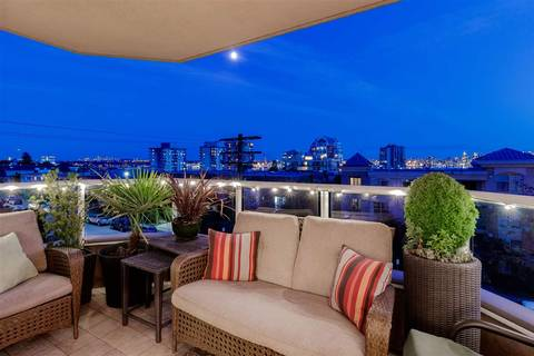 Condo for sale at 408 Lonsdale Ave Unit 401 North Vancouver British Columbia - MLS: R2389858
