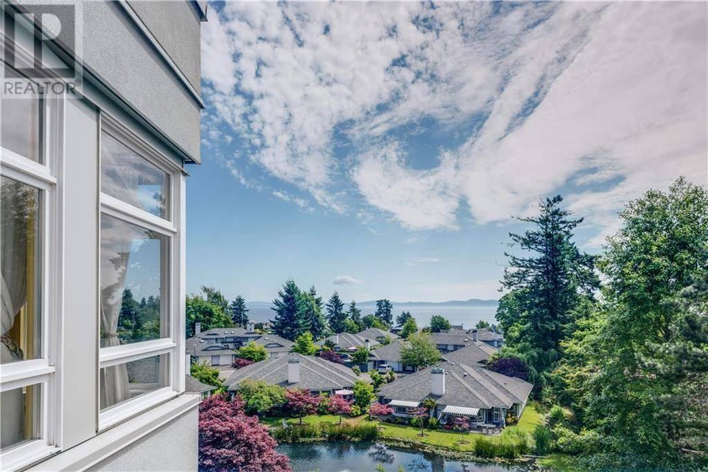 Condo for sale at 5110 Cordova Bay Rd Unit 401 Victoria British Columbia - MLS: 416313