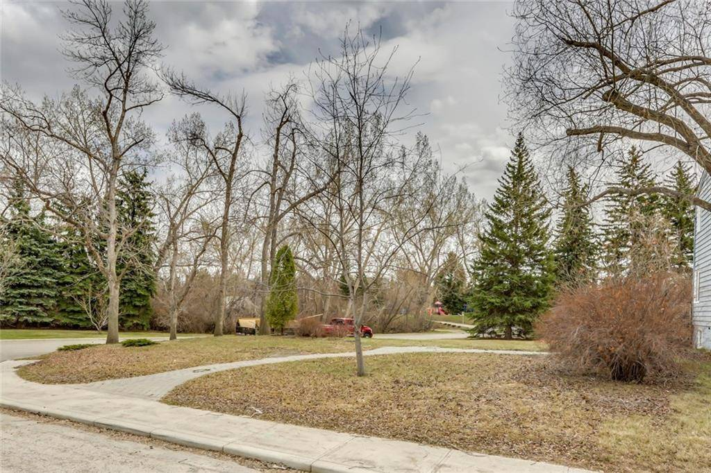 Residential property for sale at 401 Cliffe Ave Sw Elboya, Calgary Alberta - MLS: C4238261