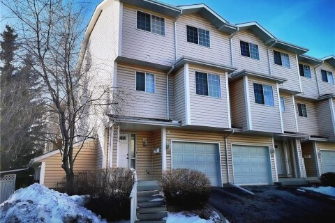 Townhouse for sale at 401 Hawkstone Manr NW Calgary Alberta - MLS: C4278968