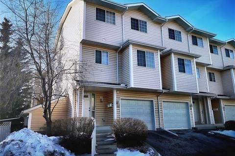 Townhouse for sale at 401 Hawkstone Manr Northwest Calgary Alberta - MLS: C4278968