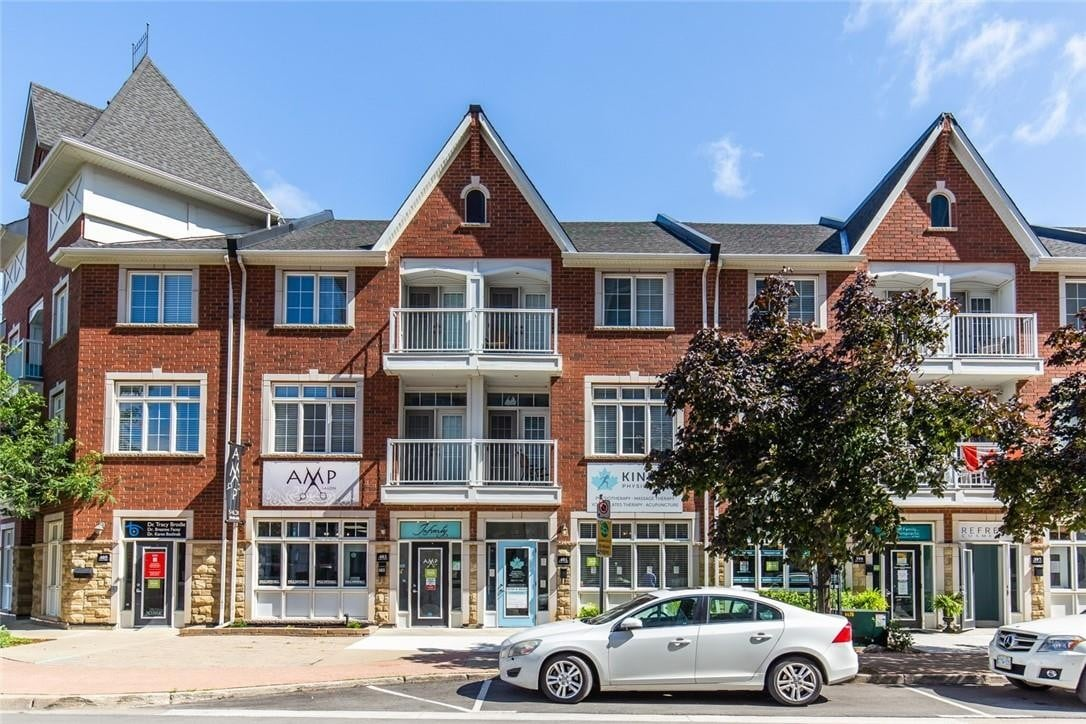 Townhouse for sale at 401 Pearl St Burlington Ontario - MLS: H4088258