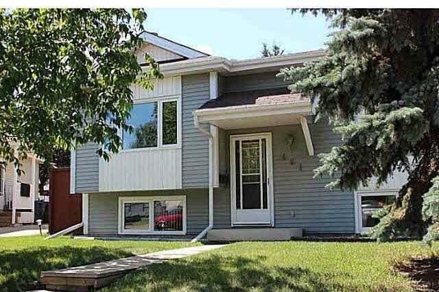 House for sale at 401 Village Dr Sherwood Park Alberta - MLS: E4207854