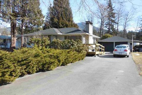 House for sale at 40108 Garibaldi Wy Squamish British Columbia - MLS: R2344867