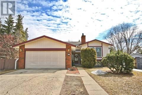 House for sale at 4011 62 St Camrose Alberta - MLS: ca0161731