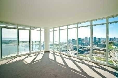 Apartment for rent at 15 Fort York Blvd Unit 4012 Toronto Ontario - MLS: C4424992