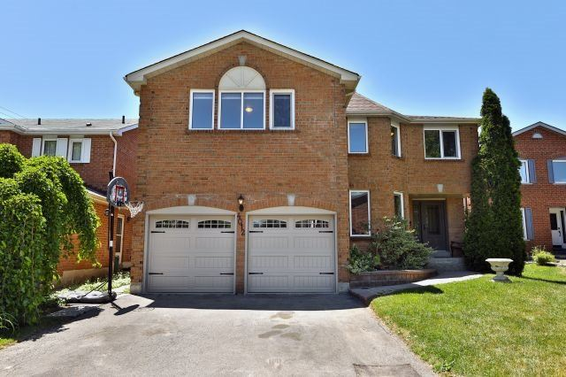 Sold: 4012 Melfort Crescent, Mississauga, ON